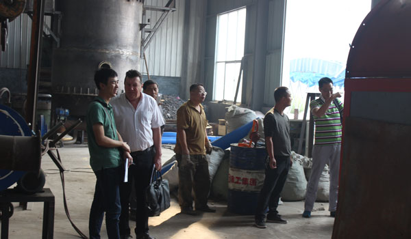 Philippine Customers Come to Our Factory to See our charcoal making machine